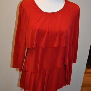 SUSAN GRAVER red Liquid Knit Tiered 3/4 Sleeve